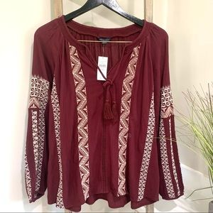 American Eagle Embroidered Peasant Blouse NWT, M
